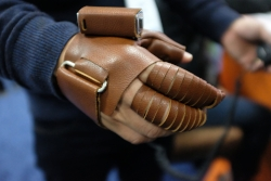 The NeoMano Robotic Glove