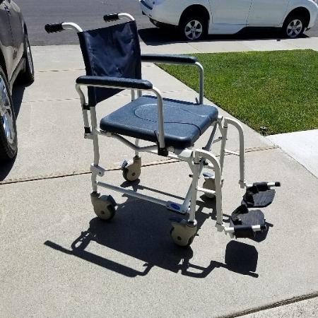 Invacare Shower_Comode Chair.jpg