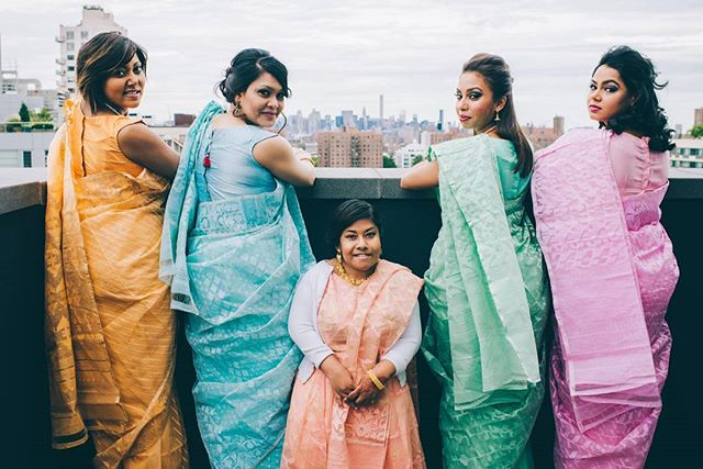 Colorful, charismatic, and confident. That's today's bridal party feature. 💄💇‍♀️ : @by_vesta | henna by @hennabysajani | coordinator: Alexis of @hold_your_hand_events  #weddingphotography #weddingphotographer #weddingphotos #weddinginspiration #weddingseason #love  #newyorkcityphotographer #newyorkcitywedding #newyorkweddingphotographer #bride #bridesmaids #bridalparty #realwedding #portraits  #bridalphotos #theknot #henna #weddingwire #brooklyn #newyork #nyc #indianwedding #colorful #pastel #saree #bengaliwedding #indianwedding #editoral