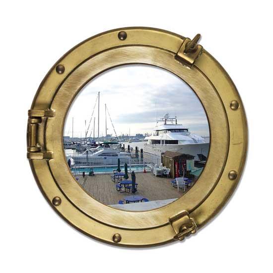 Porthole-DockedBoat.jpg