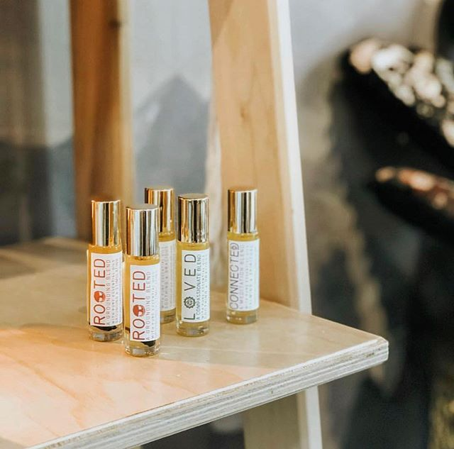 ✨ Aromatherapy Roll-Ons: the best ally to take with you anywhere and everywhere ✨  #enrichyourbeing #wildsunwellness
