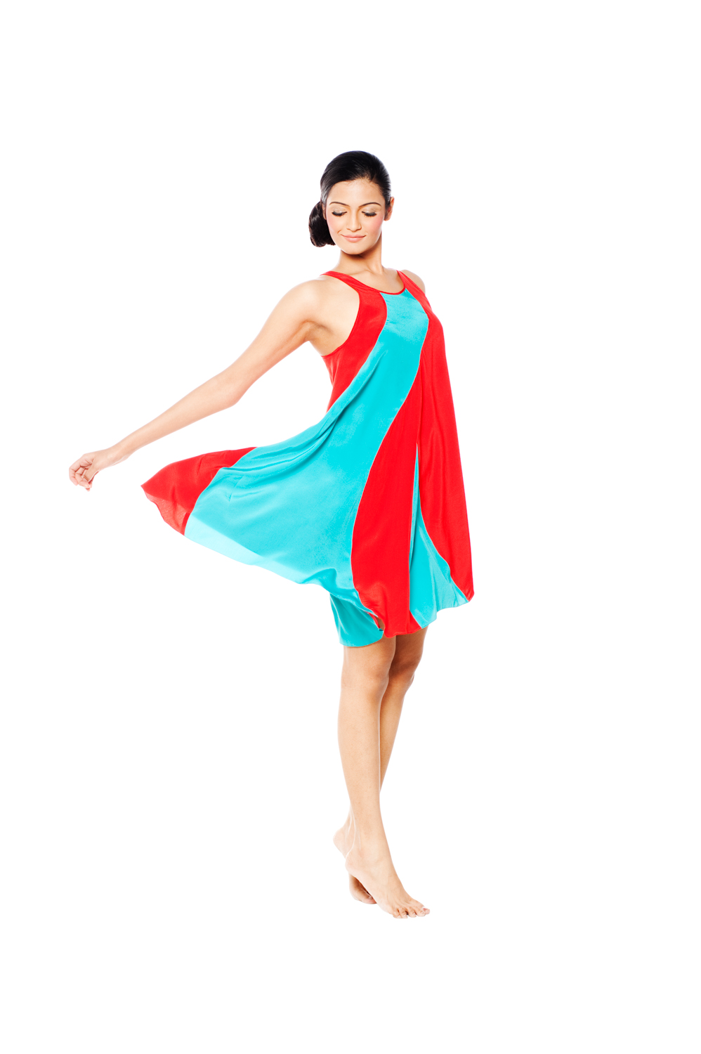 model_india_red_blue_swirl-3188.JPG