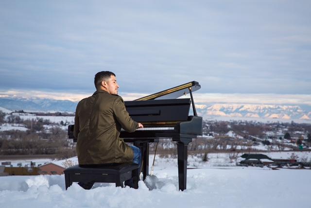 RYAN SNOW PIANO.jpg
