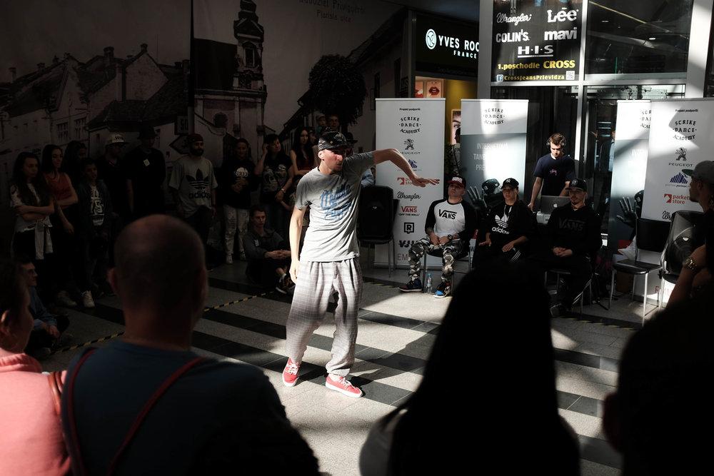 Tanecnik vo finale.jpg