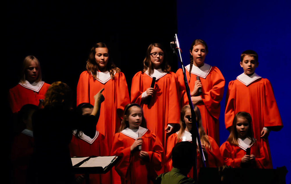Kids_Choir_At_TOFB_1.jpg