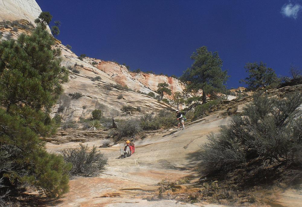 Downclimbing slabs