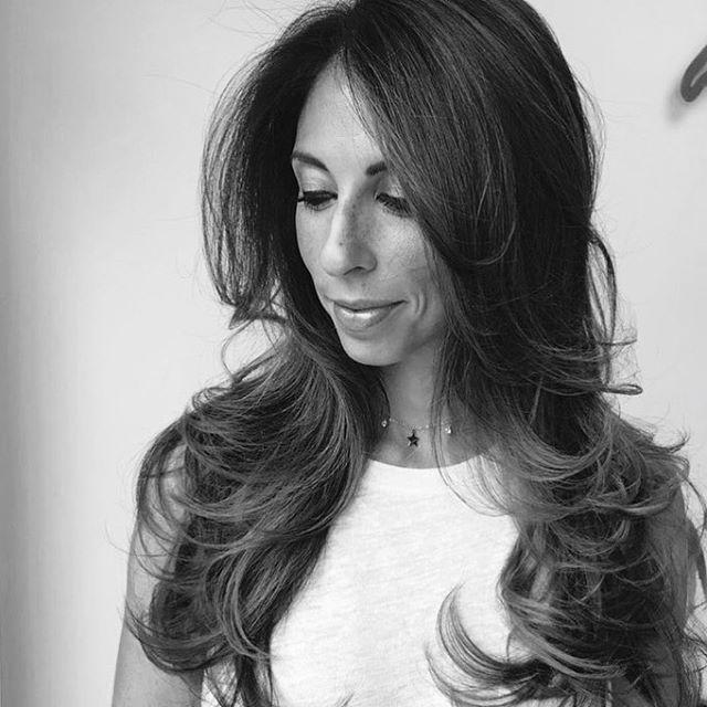 Hair by @hairbyvalentinaduma #blowdry #newyork #blowout #dreamteam #elegant #hairstyles #womensfashion #womanshair #womenshaircut #igk #mizutaniscissors #longislandhair #newyork #wedocoolthings #independentwoman #stylists #behindthechair #modernsalon
