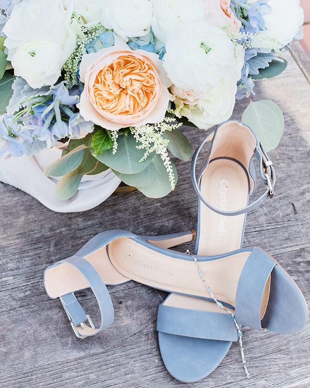 Purple Wedding Heels 😍 . . . . . #melissaenaultphotography #sacramentoweddings #sacramentoweddingphotographer #theknot #vacavilleweddingphotographer #fairfieldphotographer #weddingdetails #weddingshoes #vacavillephotographer #weddingheels #napaweddings #napaphotographer #napaweddingphotographer #bayareaphotographer #bayareaweddings #bayareaweddingphotographer #californiaweddings #californiaweddingphotographer #buildandbloom #mastinlabs
