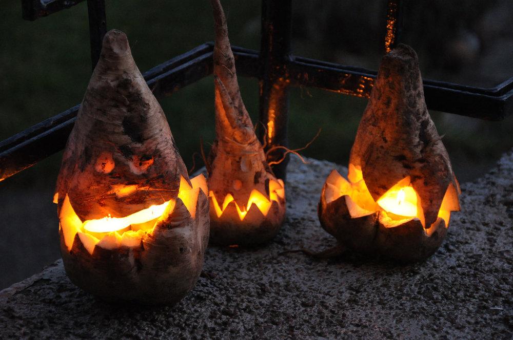 Beetroot lanterns for Halloween design tips