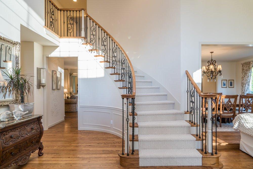 4. Stairway.jpg