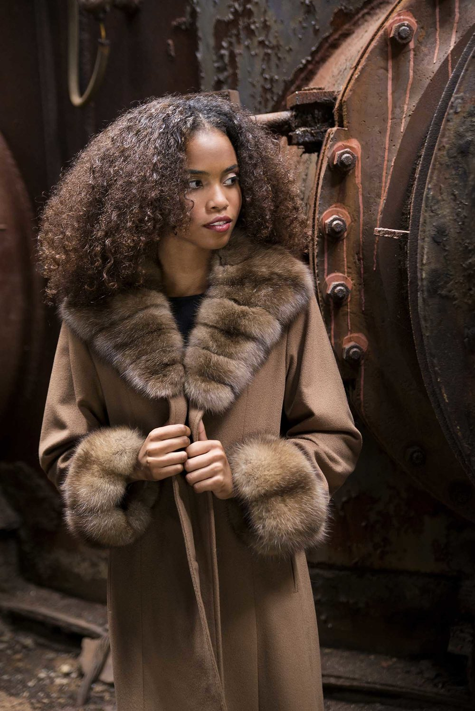 pat-flesher-furs-cashmere-coat-beige-collar-women.jpg