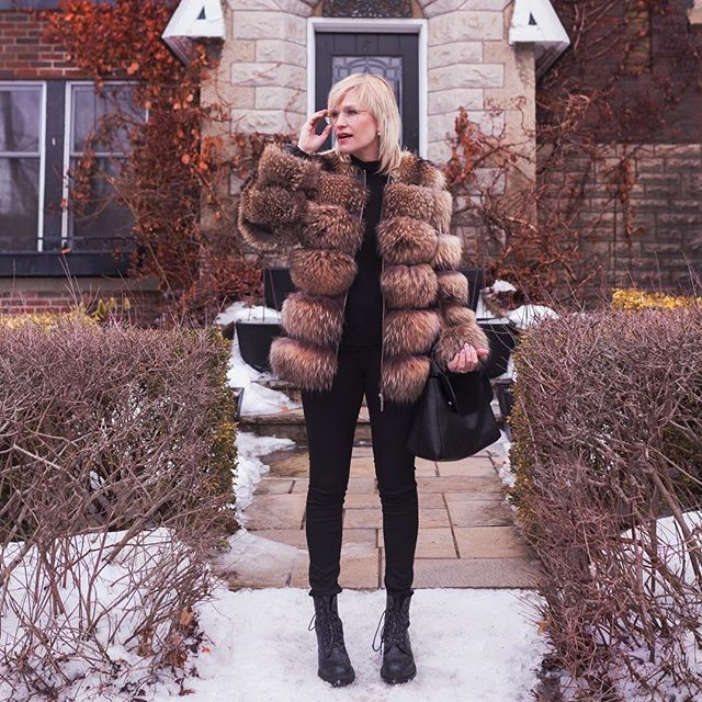 Earlier this year, we announced our partnership with Katie (@yowcitystyle) on her up-cycling journey to turn her grandmother's fur coat into a brand new piece that better reflects her personal style. Today, we want to share with you the final product! This new beauty incorporates the fur from her grandmother's coat with a leather base to create an edgy look that can be styled in so many different ways! What do you think of the final look? If you are interested in going through your very own up-cycling process, message us for more information/to set-up an appointment! . . . . . #yowcitystyle #yow #ottawastyle #vintagefur #support613 #shop613 #supportlocal #winterfashion #sustainablefashion #canadianblogger #myottawa #customclothing #wearefur #furnow #ootd #winterlookbook #ecofashion #finalproduct