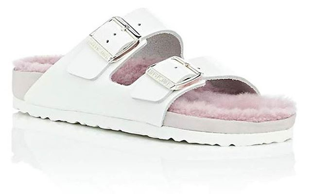 Fan of Birkenstocks? Check out the brand's collaboration with Barney's to produce a range of pastel shearling sandals. Would you rock these? @barneysny @birkenstock . . . . . #birkenstocks #trends #fashion #sandals #summertrends #summerfashion #shearling #barneys #trend #pastel #fur