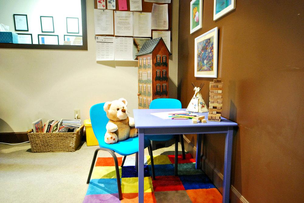 Childrens Desk Area 1.JPG