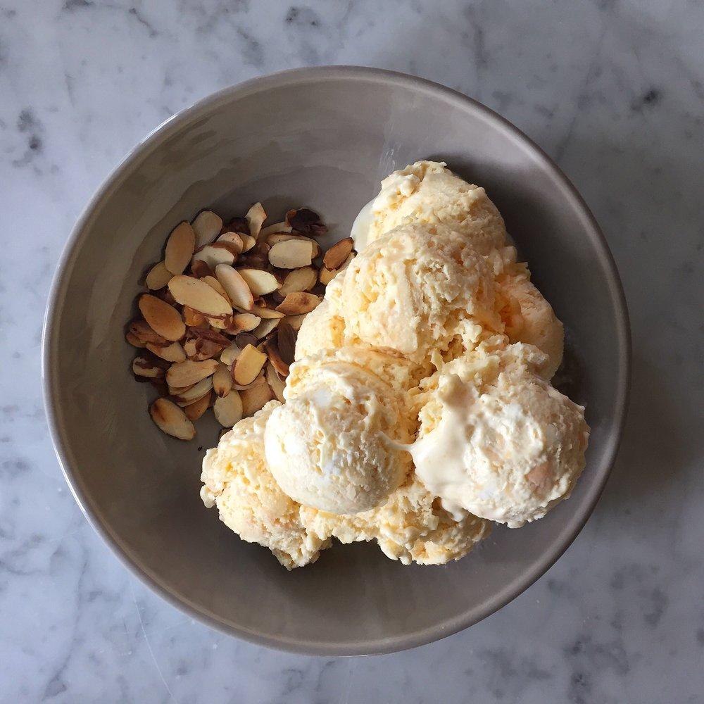 059 Pic - Dziugas Ice Cream.JPG