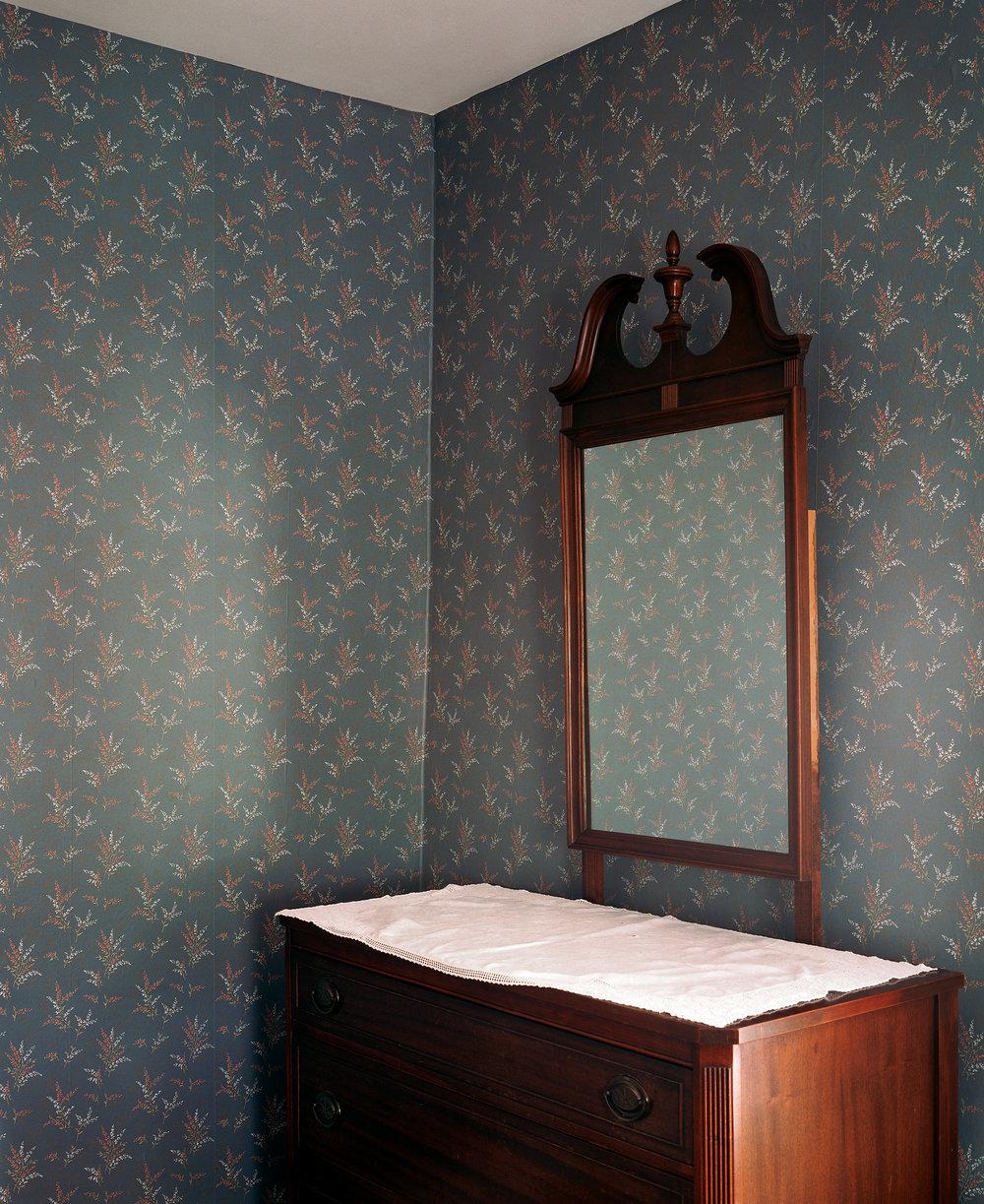 Mirror and Wall I, 2005