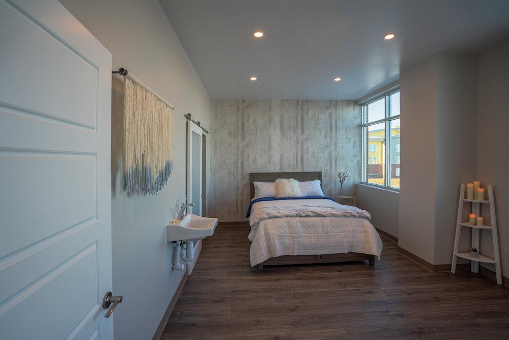 34-air-suite-interior.jpg