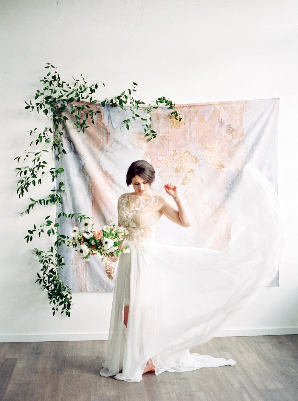 Fine_Art_Minimal_Bride_Georgia_Ruth_Photography-63.jpg