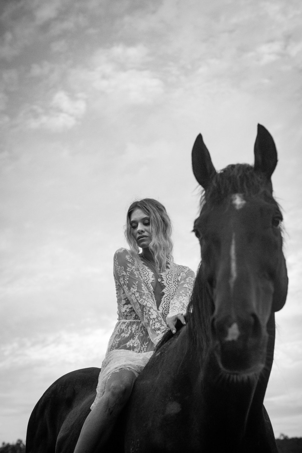 Byron Bay Boudoir Photography Horses Nature.jpg
