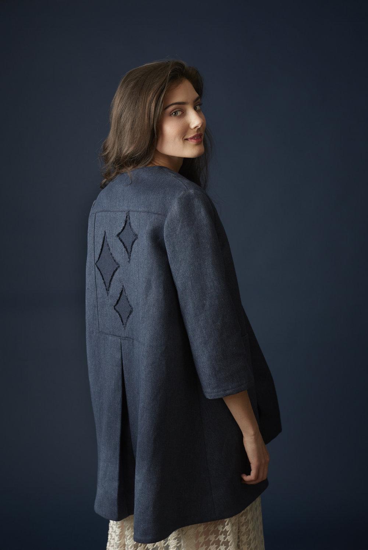 Diamond-star Inset Swing Coat