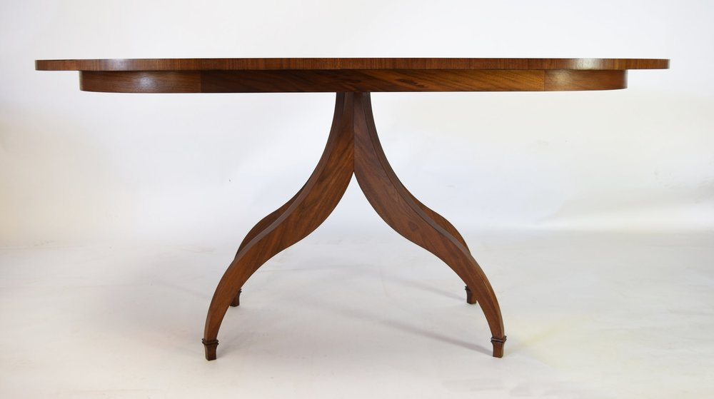 THE CURVE - INTRODUCING THE FONDIS TABLE