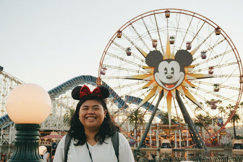 Look how happy my best mate looks at the happiest place on her for her birthday weekend! Photographed using my Sony a6000.