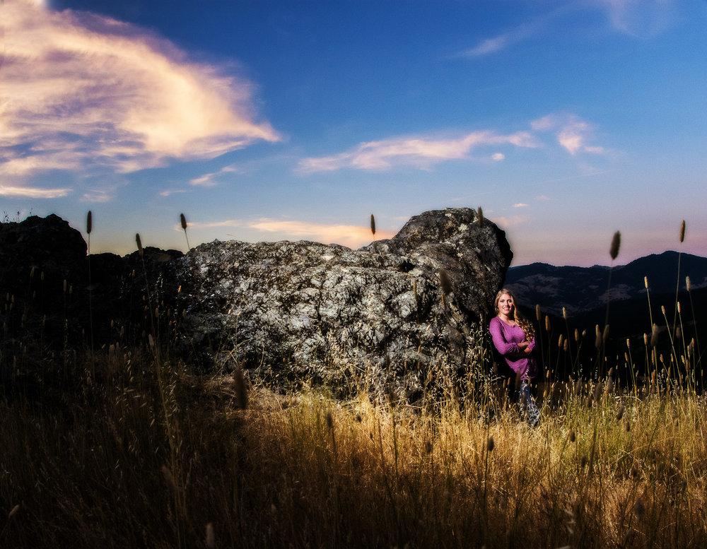 HumboldtCountySeniorPhotographer-FortunaHigh-SouthForkLegget-Laytonville-MendocinoSeniorPhotographer-6.JPG