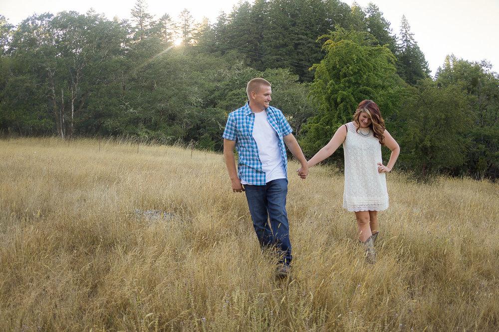Thomas&Jessika-RanchEngagementSession-HumboldtCounty-Parky'sPics-2.jpg