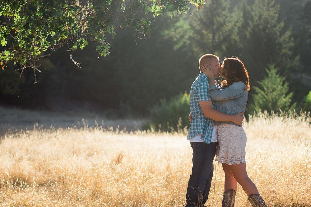 Thomas&Jessika-RanchEngagementSession-HumboldtCounty-Parky'sPics-11.jpg
