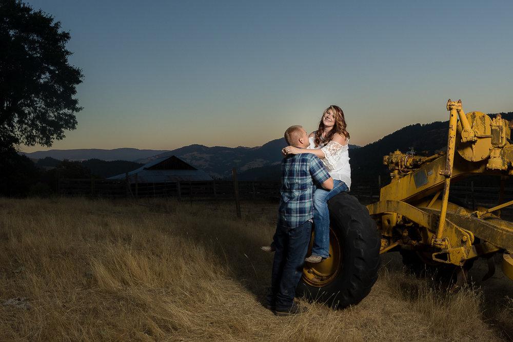 Thomas&Jessika-RanchEngagementSession-HumboldtCounty-Parky'sPics-22.jpg
