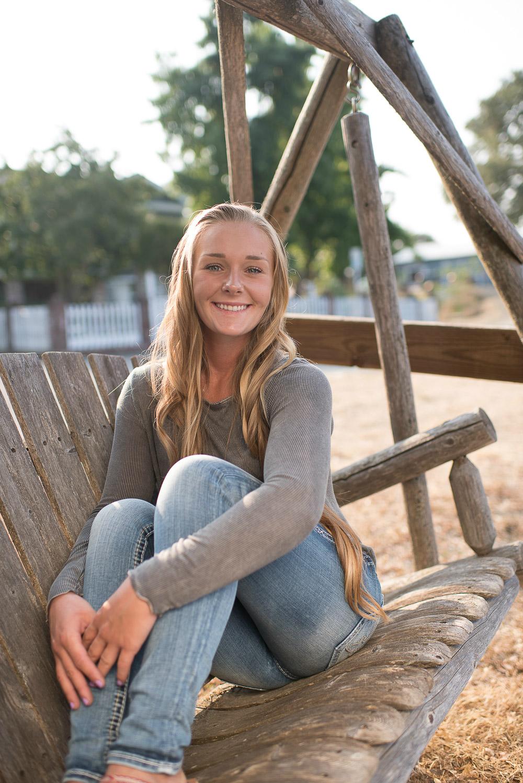 Emily-SeniorPortraits-HumboldtCounty-Parky'sPics-Horse-3.jpg