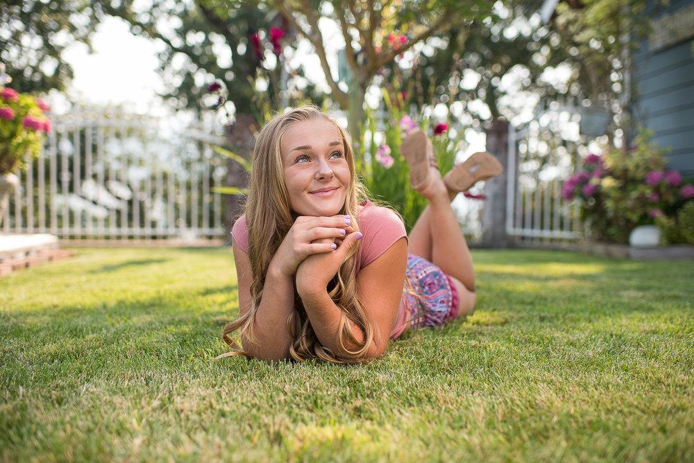 Emily-SeniorPortraits-HumboldtCounty-Parky'sPics-Horse-19.jpg