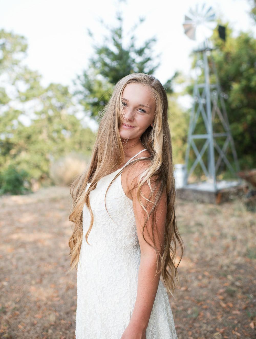 Emily-SeniorPortraits-HumboldtCounty-Parky'sPics-Horse-30.jpg