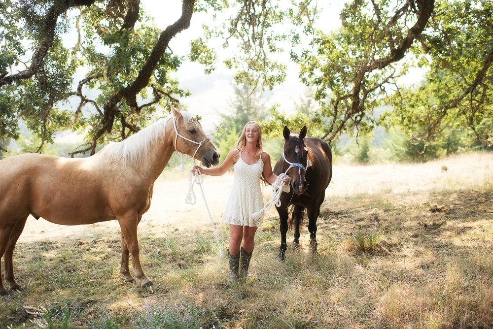 Emily-SeniorPortraits-HumboldtCounty-Parky'sPics-Horse-35.jpg