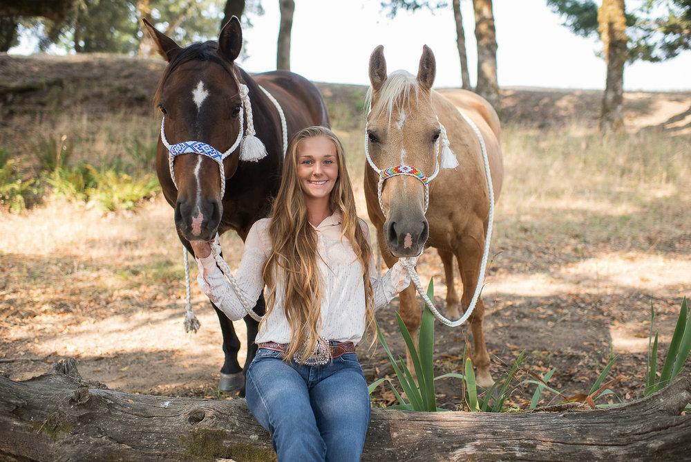Emily-SeniorPortraits-HumboldtCounty-Parky'sPics-Horse-46.jpg