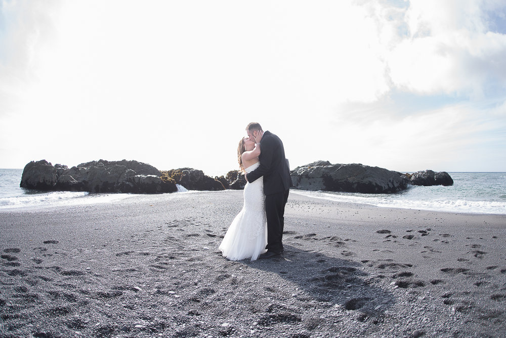 Shelter Cove-Intimate Destination beach Wedding-Parky's Pics Photography-Humboldt County_-17.jpg