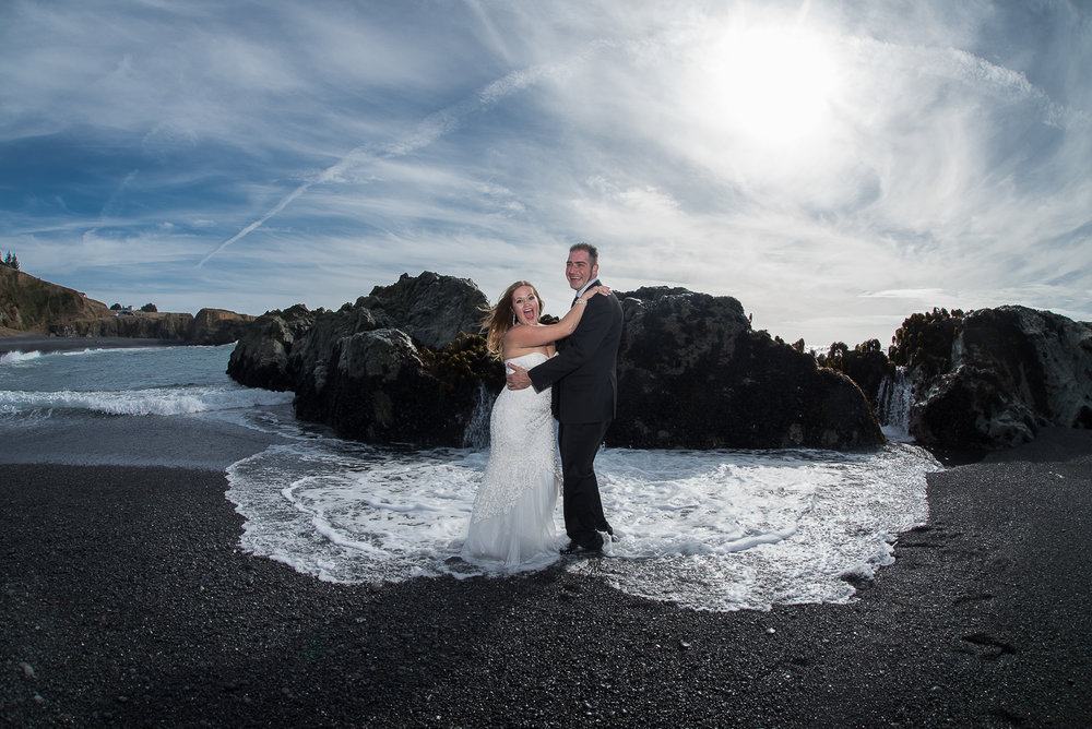 Shelter Cove-Intimate Destination beach Wedding-Parky's Pics Photography-Humboldt County_-23.jpg