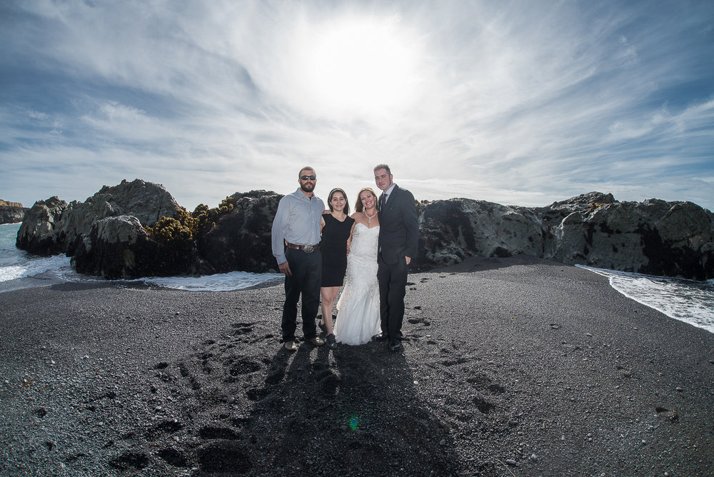 Shelter Cove-Intimate Destination beach Wedding-Parky's Pics Photography-Humboldt County_-30.jpg