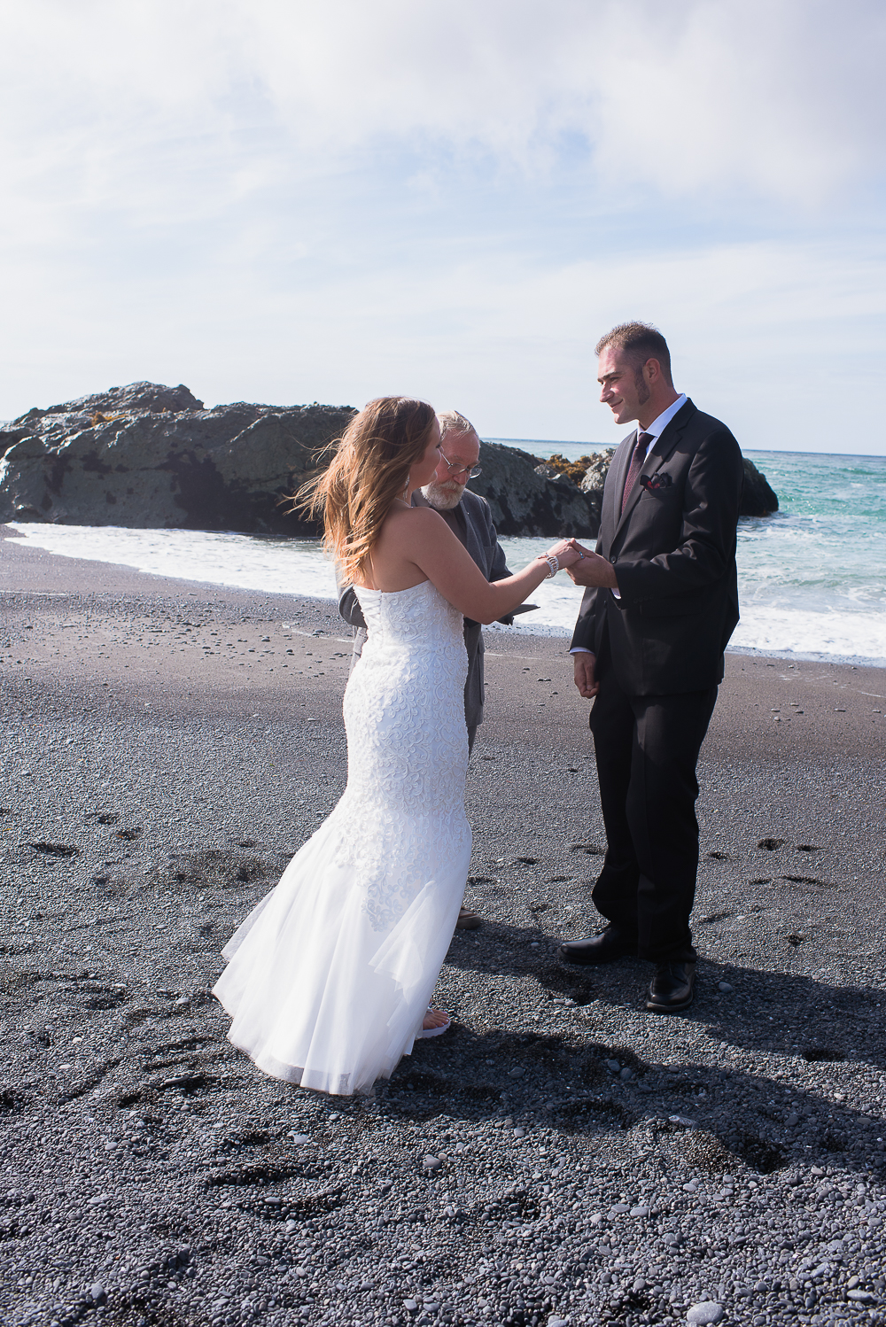Shelter Cove-Intimate Destination beach Wedding-Parky's Pics Photography-Humboldt County_-2.jpg
