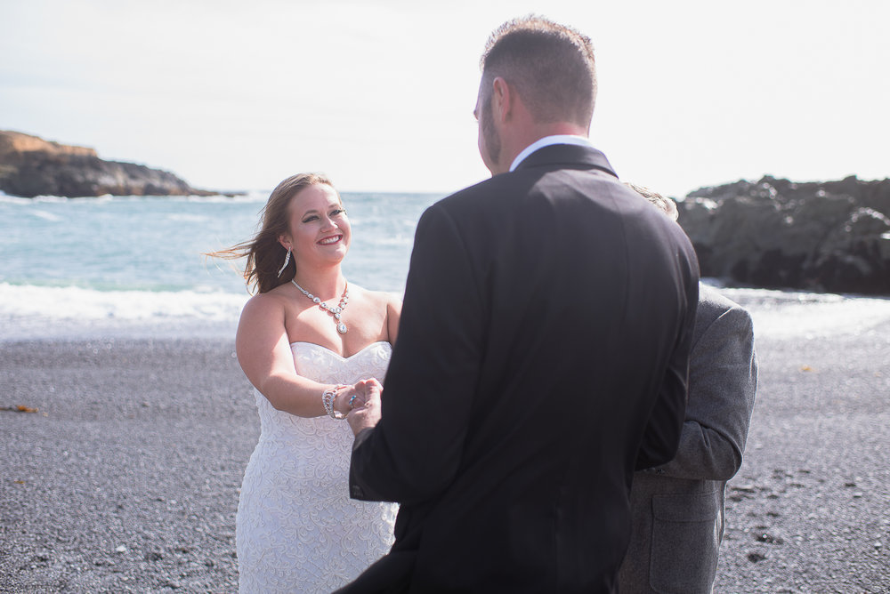 Shelter Cove-Intimate Destination beach Wedding-Parky's Pics Photography-Humboldt County_-6.jpg