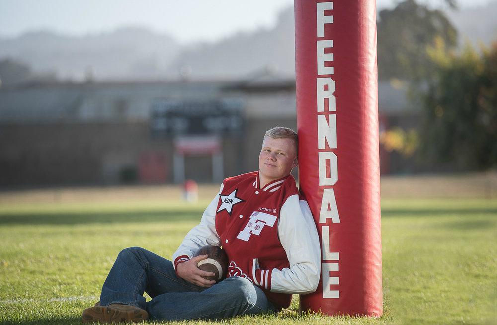 AndrewFerndaleHighSchoolFootballSeniorSessionParkysPicsPhotograhy-5.jpg