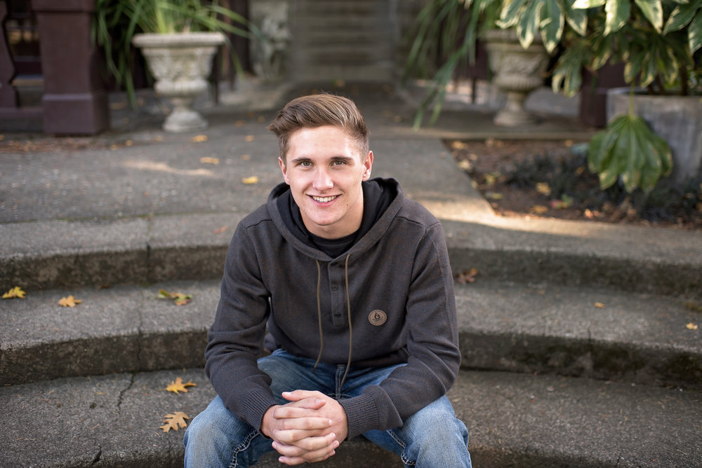 Cody's-Benbow Inn-Humboldt County-Senior Session-Parky's Pics_.JPG