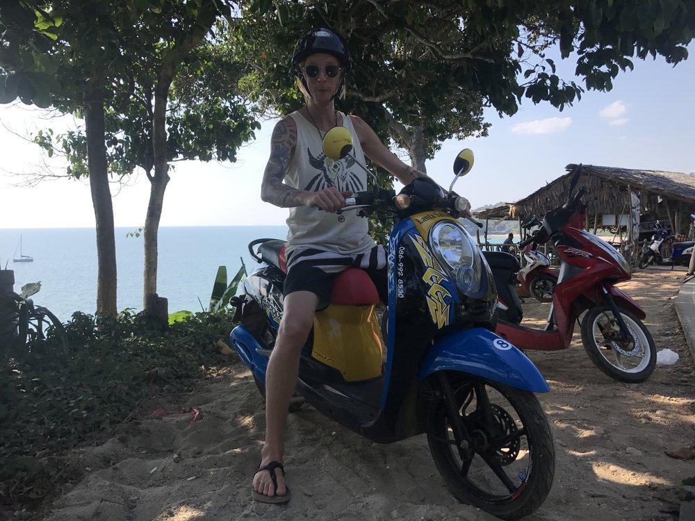 Motorbike Ko Lanta.JPG