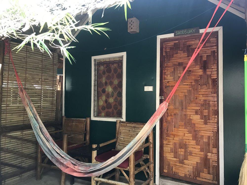 The Hut Lanta.JPG
