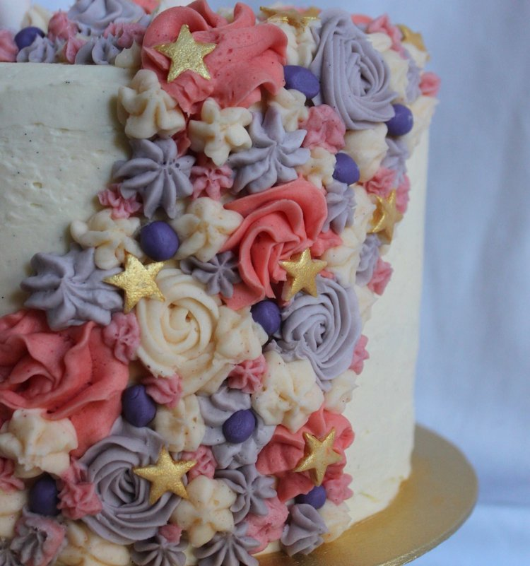 Den Bake Shop unicorn cake detail.jpg