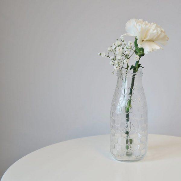 Honeycomb Vase   £3.00