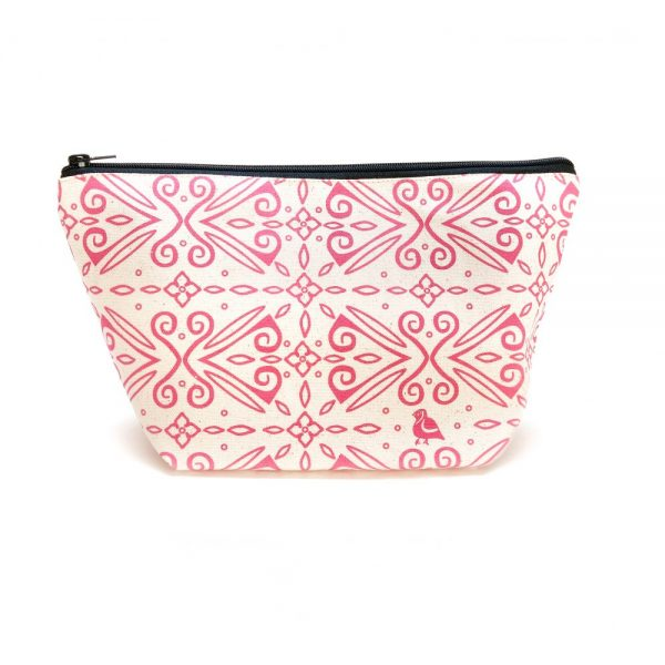 Mothers Day Gift Guide Organic Wash Bag.jpg