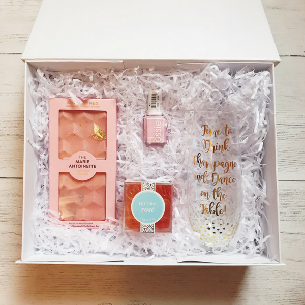 Mothers Day Gift Box pink.png