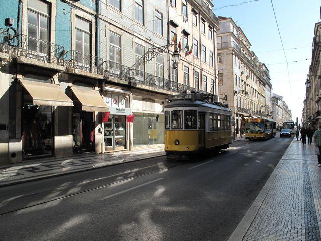 Tram 2.jpg