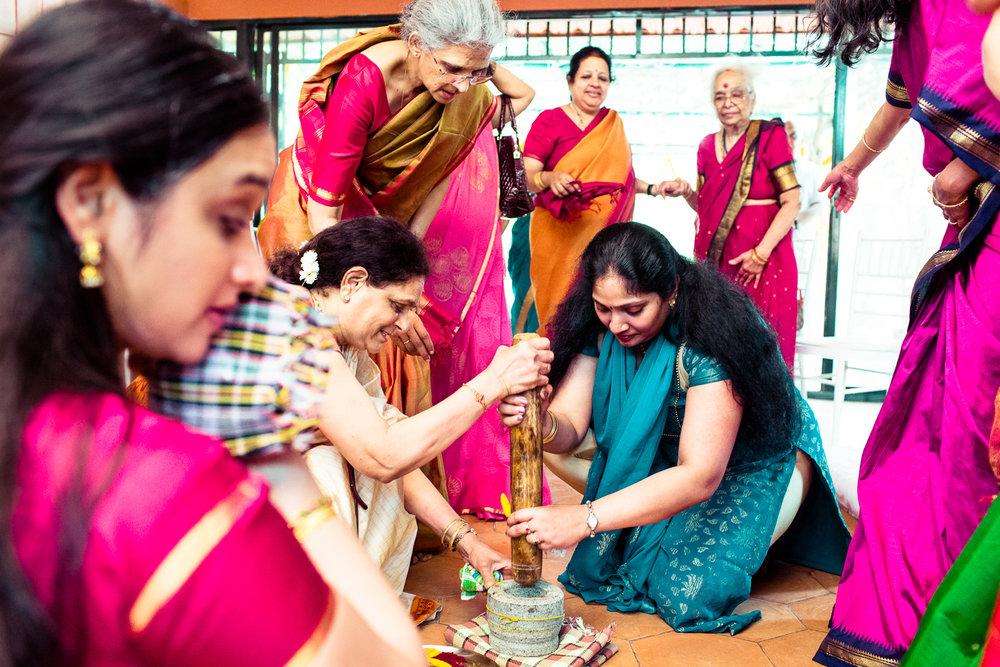 tamil-telugu-candid-wedding-bangalore-0008.jpg